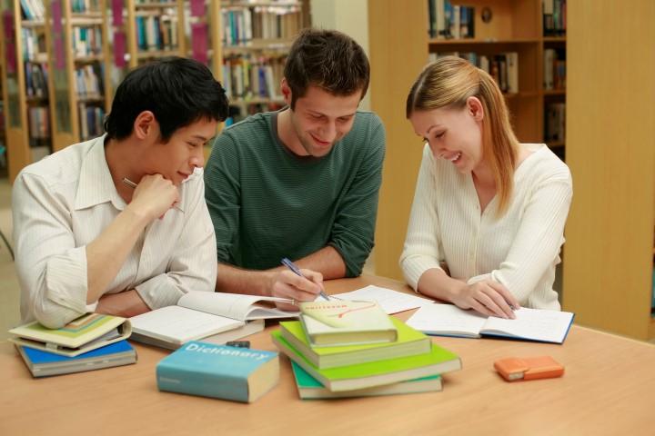 איך להתרכז בלמידה למבחן