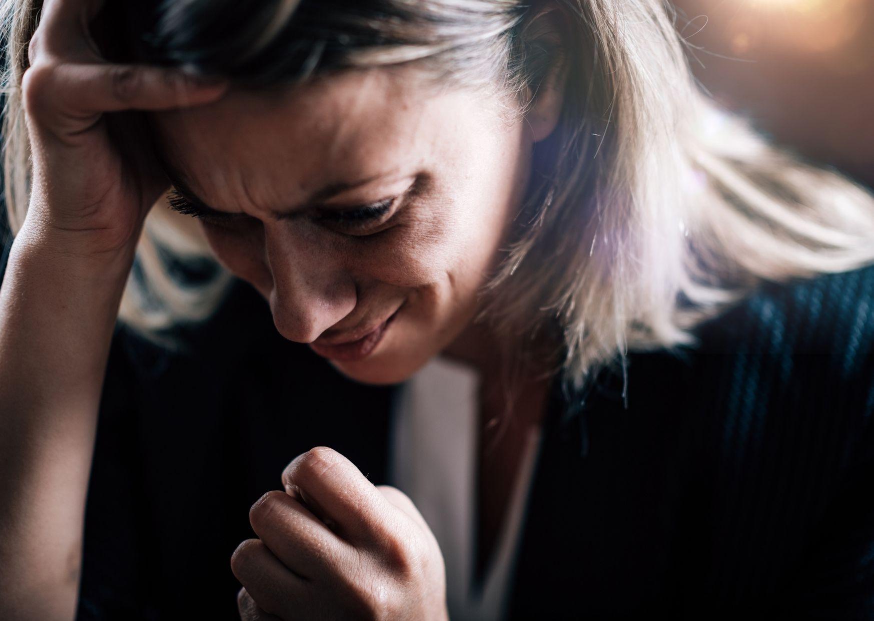 איך להתמודד עם פחדים וחרדות